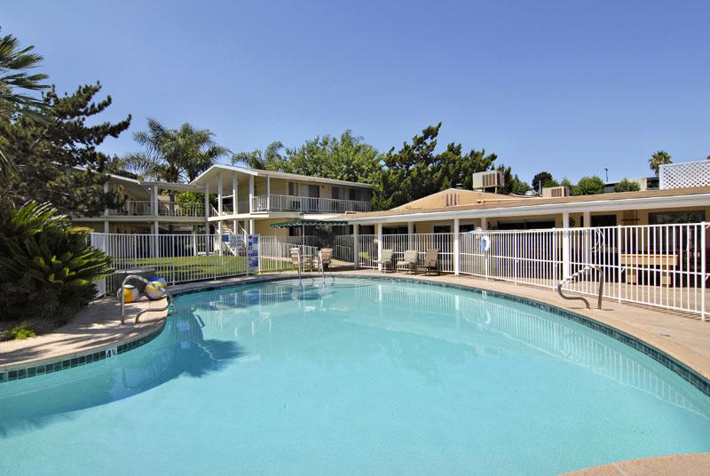 Grossmont Gardens - La Mesa, CA - Outdoor Swimming Pool