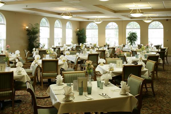 HarborChase of Tamarac, FL - Dining Room