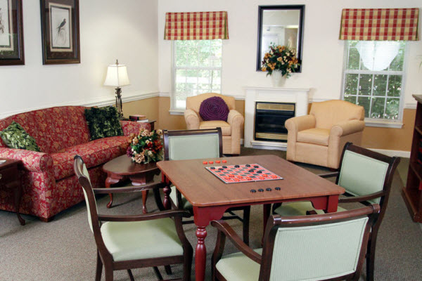 Heritage Green Assisted Living and Memory Care - Lynchburg, VA - Game Room