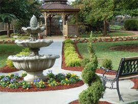 Hermitage in Northern Virginia - Alexandria, VA - Community Grounds