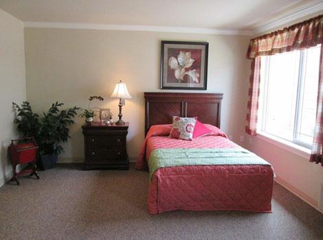 High Plains Alzheimer's Special Care Center - Lincoln, NE - Bedroom