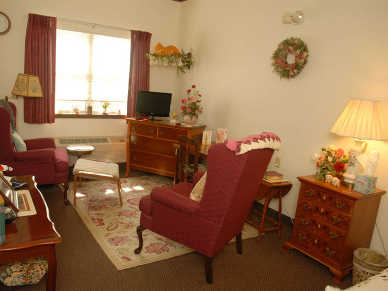 Hillside Senior Living Community - Montoursville, PA - Apartment Living Room