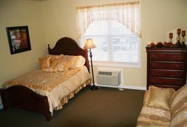 Arcadian Cove - Richmond, KY - Bedroom