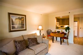 Beacon Hill - Lombard, IL - Apartment