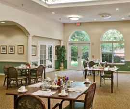 Brookdale Kenner, LA - Dining Room