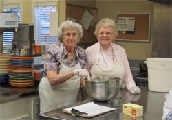 Chateau Gardens Memory Care - Springfield, OR - Residents in Kitchen