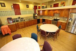 Chateau des Mons Care Assisted Living - Englewood, CO - Country Kitchen