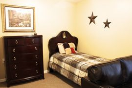 Floyd Place - Sergeant Bluff, IA - Bedroom