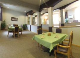 Glenwood Place - Marshalltown, Iowa - Dining Room