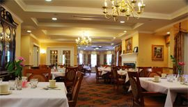 Harbour Assisted Living at Fort Wayne, IN - Dining Room