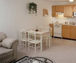 Holiday at the Atrium - Glenville, New York - Apartment