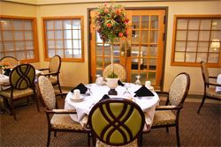 Independence Village of Frankenmuth - Frankenmuth, MI - Dining Room