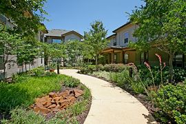 Isle at Watermere - Southlake, TX - Garden Path