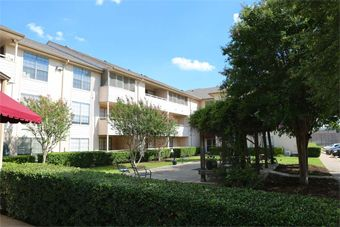 Lakeland Hills Senior Living - Dallas, TX - Exterior