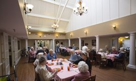 Oxton Court at Opelika, AL - Dining Room