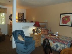 Sun Oak Assisted Living & Memory Care - Citrus Heights, CA - Apartment