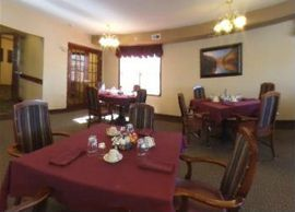Sunset Park Place - Dubuque, Iowa - Dining Room