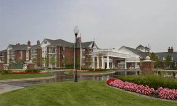 Waltonwood at Lakeside - Sterling Heights, MI - Exterior