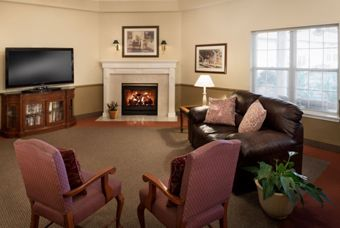 Warren House - Burley, ID - Lounge