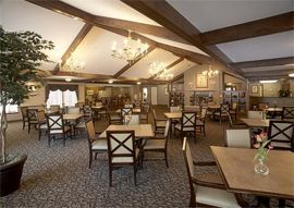 Waterford Senior Living, WI - Dining Room