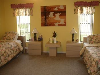 Spring Manor Assisted Living - Coral Springs, FL
