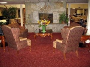 Weatherly Inn - Medford, OR - Fireplace Lounge