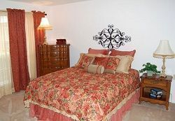Brookdale Club Hill - Garland, TX - Bedroom