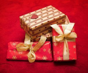 Top 10 Gifts for your parent in assisted living