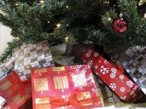 Wrapping gifts can be a soothing activity for Alzheimer's patients.
