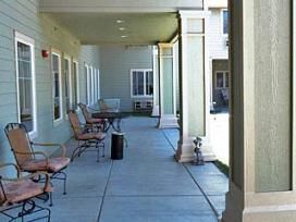 Brookdale Yreka, CA - Community Patio