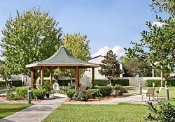 Brookdale Ormond Beach - Ormond Beach, FL - Outdoor Grounds