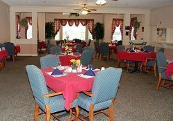Brookdale Bluewater Bay -  Niceville, FL - Dining Room