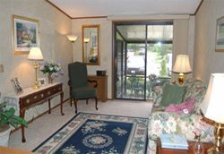 Woodside Senior Living - Bedford, OH - Apartment