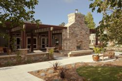 Atria Valley View - Courtyard