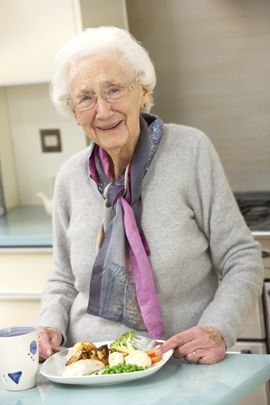 Meals at assisted living facilities can often be eaten in a community dining room or an apartment