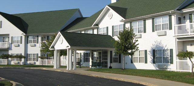 Jefferson Manor - Kokomo, IN - Exterior
