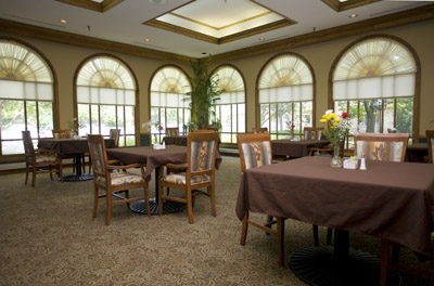 Kindred Transitional Care and Rehabilitation - Allison Pointe - Indianapolis, IN - Dining