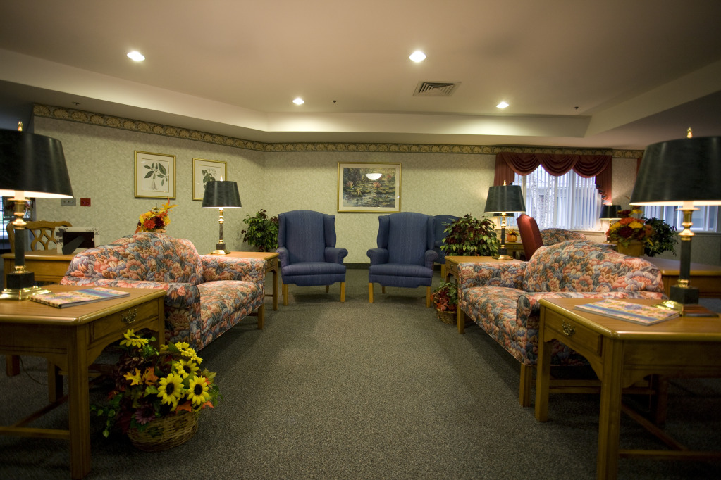 Kindred Transitional Care and Rehabilitation - Harrison - Corydon, IN - Lounge