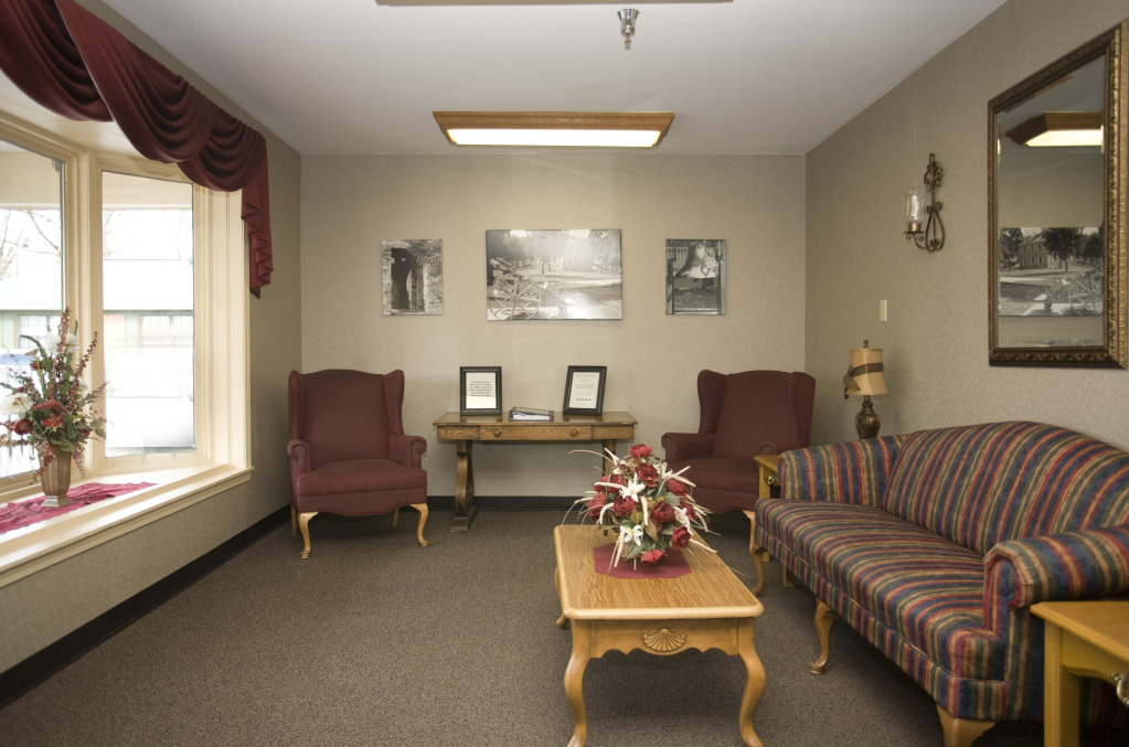 Kindred Transitional Care and Rehabilitation - Indian Creek - Corydon, IN - Waiting Room