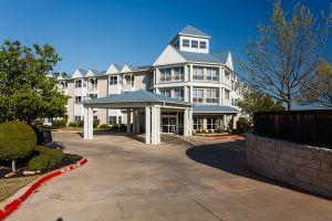 Lakestone Terrace - Granbury, TX - Exterior