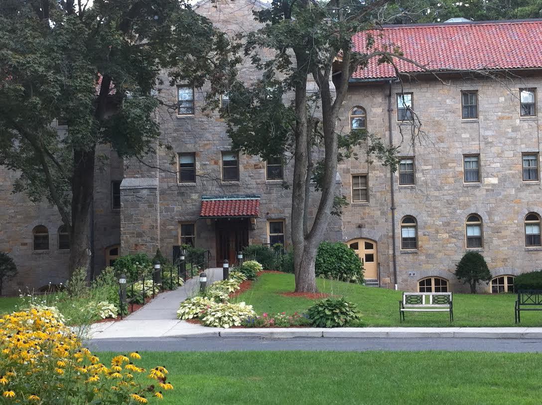Landmark at Monastery Heights - West Springfield, MA - Exterior
