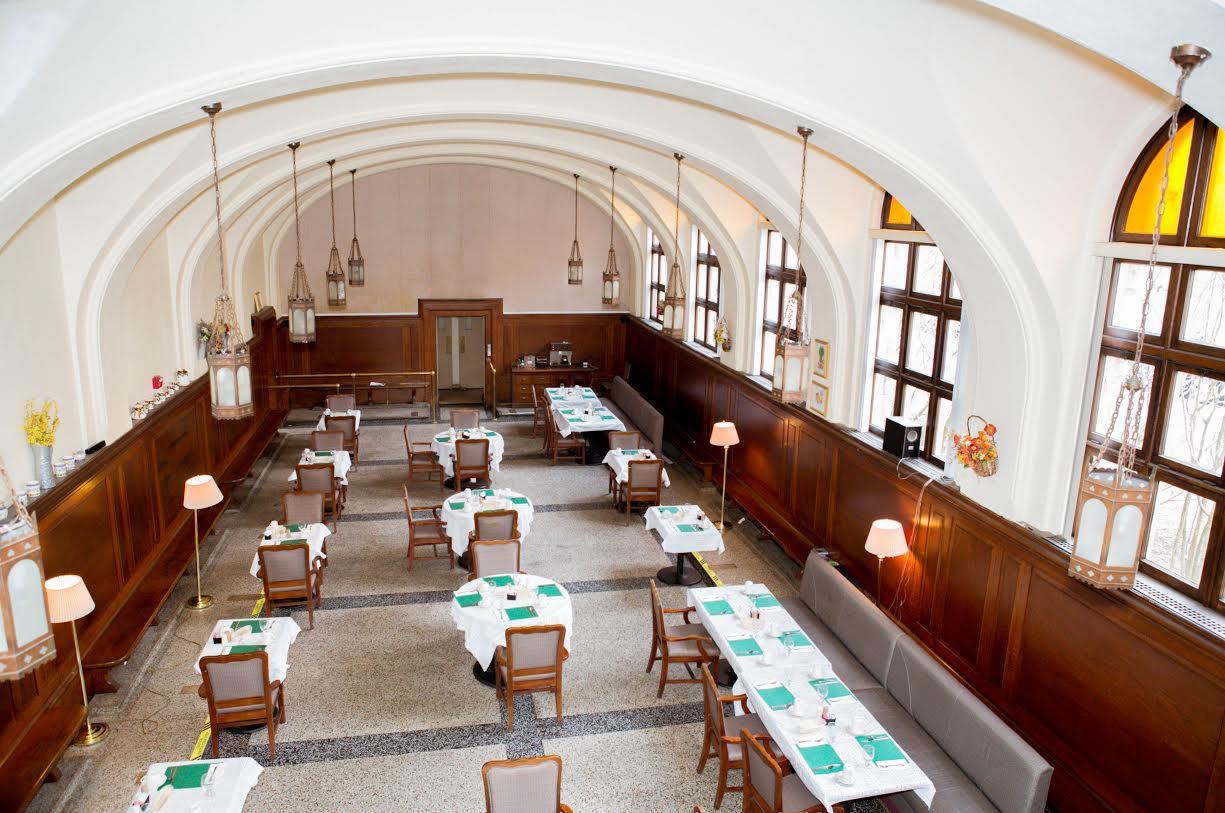 Landmark at Monastery Heights - West Springfield, MA - Dining Room