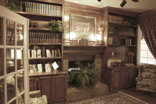 Legend at Jefferson's Garden - Edmond, OK - Library