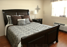 Manorhouse Assisted Living - Chattanooga, TN - Apartment Bedroom