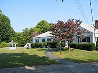 Meadowbrook Manor - Centerbrook, CT - Exterior