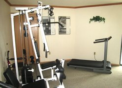 Meadowmere & Mitchell Manor Oak Creek, WI - Fitness Center