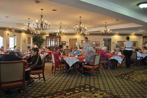 Morning Pointe of Collegedale at Greenbriar Cove - Ooltewah, TN - Dining Room