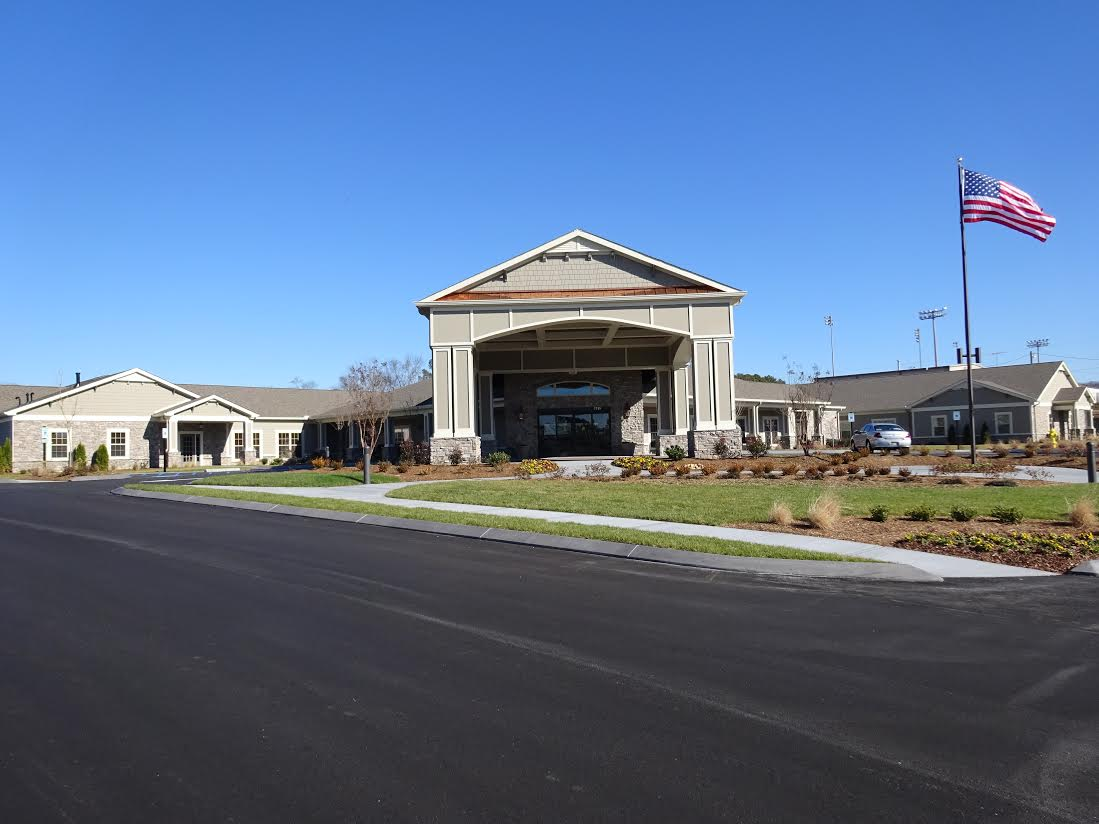 Morning Pointe of Chattanooga at Shallowford - Chattanooga, TN - Exterior
