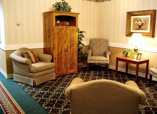Morningside of Hopkinsville, KY - Living Room