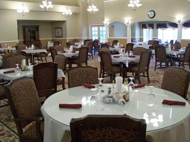 Mountain Ridge Assisted Living - South Ogden, UT - Dining Room